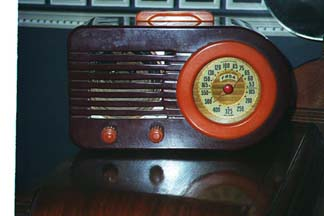 FADA Model 1000 Table Radio