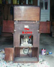 Radiobar Back Showing the actual radio