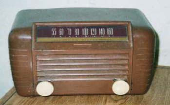 RCA Model 65X2 Table Radio