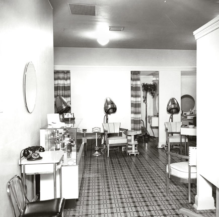 1940s Beauty Shop