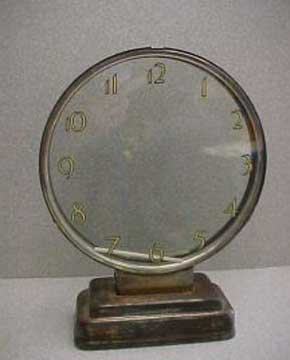 Etalage Mystery Clock - Front