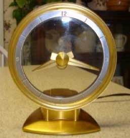 Jefferson Golden Minute Clock - Front