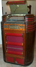 Seeburg Regal Jukebox  Restored, Top open