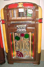 Wurlitzer Model 700 Jukebox - Front