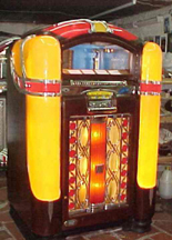 Wurlitzer Model 800 Jukebox - Front