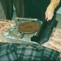 Record handling mechanism
